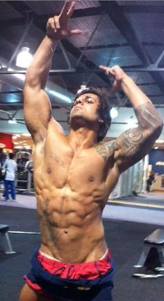Zyzz. Son of Zeus. Brother of Hercules. Father of Aesthetic R.I.P.