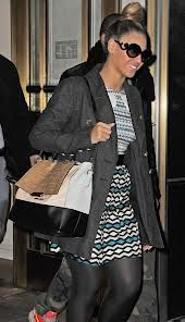 Beyonce looking fab with her DVF top handle bag