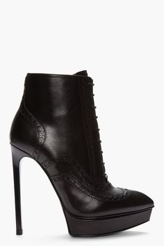 Saint Laurent Black Leather Brogued Oxford Janis Boots for women Dream Shoes, Crazy Shoes, Me Too Shoes, Heeled Boots, Bootie Boots, Ankle Boots, Oxford Booties, Oxfords, Hot Shoes