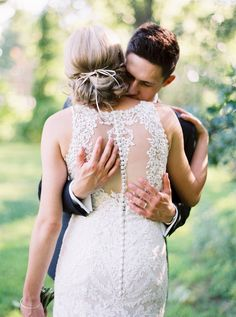 button up back of wedding #dress @weddingchicks