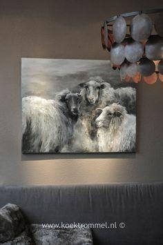schilderij met schapen/acryl met paletmes opgebracht