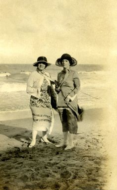 Mrs. Gruver and Mrs. Sullivan at the beach in the 1920s. | Florida Memory