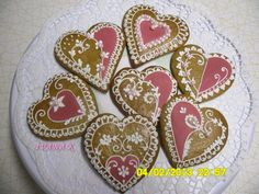 klikni pro další 93/105 Cake Cookies, Cupcakes, Heart Art, Different Shapes, Cookie Decorating, Snowflakes, Anna, Desserts, Food