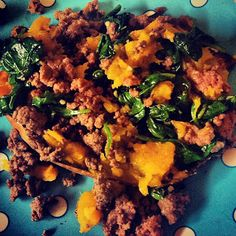 Beef & Spinach Stuff Sweet Potatoes! The easiest, super clean, delicious meal youll eat all week :) The protein, complex carbs, & veggies are the perfect dinner combo and great for post-workout meals. Did I mention YUM? Gluten- free, dairy- free, paleo, whole 30 friendly!