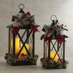 Ooh! What pretty lantern decorations! Wouldn't this be perfect for the holidays? #affiliate Faux Floral Lanterns with LED Flameless Candles