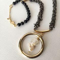 私の Etsy ショップからのお気に入り https://www.etsy.com/jp/listing/486711734/gold-ring-chainmaille-statement-necklace