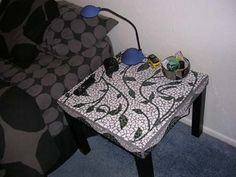 love this mosaic table