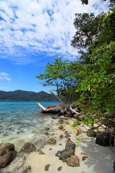 TARUTAO  NATIONAL PARK,SATUN Hat Yai, Strait Of Malacca, Koh Lipe, Marine Blue, Petra, Thailand, National Parks, Coast, Island
