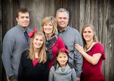 Red Color Scheme For Family Pictures Coloring Ideas