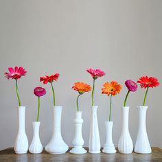 Vintage Milk Glass Bud Vases from Redline Vintage. Bud Vases, Flower Vases, Milk Glass Vase, White Vases, Deco Table, Gerbera, Decoration Table, Glass Collection, Chandeliers
