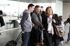 Messi acompañado de sus padres. La expedición azulgrana viaja a Zúrich para asistir a la Gala FIFA de la entrega del Balón de Oro. Foto: Mor...