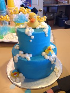 Baby shower rubber ducky cake