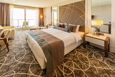Hotel room with modern interior Hotel Carpet, Room Carpet, Types Of Carpet, Types Of Rugs, Hotel Guest, Carpet Design, Modern Room, Modern Interior, Bedroom