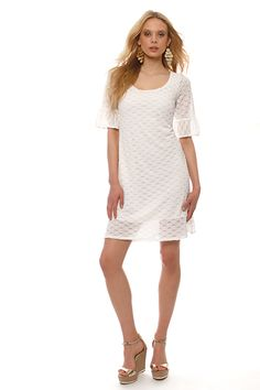 Lace jersey dress with neckline, sleeves with pleat hem, below the knee, with elastic lining inside.Trust it for sporty but also chic look ! White Lace, White Dress, Spring Summer 2015, Spring Summer Fashion, Trust, Short Sleeve Dresses, Neckline, Sporty, Victoria