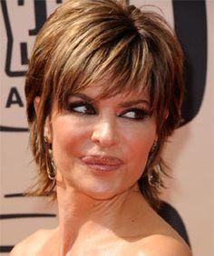 Lisa Rinna with shaggy hair style