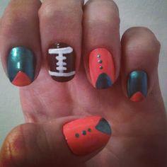 Miami Dolphin Nails