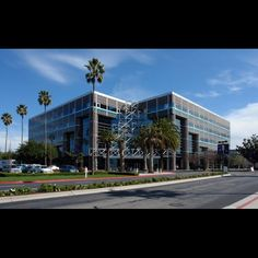 Wow, it is amazing how time flies. Here's a little #Throwback which takes us to 2014 when SA Technologies Inc. shifted to the new stunning headquarters Techmart, Santa Clara. #ThrowbackThursday