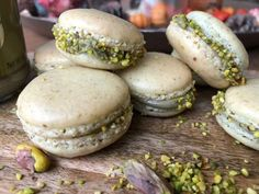 Macarons, Salmon Burgers, Hamburger, Sweets, Bread, Ethnic Recipes, Desserts, Pastries, Candy