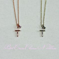 It is the necklace that a cross and two charms of the Swarovski ski shine.  Because it is a simple design, it is usually recommended on both an errand and a date!  There is the charm necklace that a small Swarovski ski glares with heart to sisters product.    Size: Cross length 1.1cm/ 0.8cm in width, chain 41.5cm  A color: Gold, pink gold