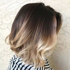 35 Short Ombre Hair Color Ideas for Brunettes That Are Trending for Short Ombre Hair Are you looking for short hair ombre? Then these 35 short ombre hair color ideas for brunettes that are trending for 2019 will be yo. Blonde Ombre Lob, Balayage Hair Lob, Brown Ombre Hair, Ombre Hair Color, Brown Blonde, Short Balayage, Dark Brown, Baylage Short Hair, Brown Lob