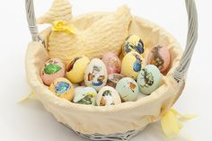 See how easy it is to decoupage the prettiest Easter eggs with Tara's craft idea. Perfect for an egg hunt & so simple to make, even the kids can get involved Diy Decoupage Eggs, Easter Celebration, Easter Crafts For Kids, Egg Decorating, Paint Chips, Vintage Easter, Egg Hunt, Happy Easter, Diy Tutorial