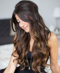 Ombre hairstyles add life to our hair. They are more sophisticated than the monochromatic hairstyles. We have heard about the ombre hairstyles for a long time and they are in fashion for quite a long time. Today, I'd like to share with you a new hairstyle: the sombre hairstyle! Have you heard about it before?[Read the Rest]