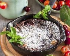 Clafoutis chocolaté aux cerises (facile, rapide) - Une recette CuisineAZ