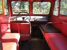 Learn more about Drives Like a Car: Circa 1970 Snow Trac on Bring a Trailer, the home of the best vintage and classic cars online. Snow Vehicles, Snow Machine, Diy Tank, Truck Interior, Military Equipment, Going Fishing, Classic Cars Online, Barn Finds, Heavy Equipment