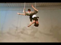 ▶ Colleen McKeown and Cat Bodnar Duo Trapeze - YouTube