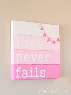 See how I made this Faux Wood Valentines Day Sign- you can do it too! An easy Valentine decor idea. Valentines Day Decorations, Valentine Day Crafts, Holiday Crafts, Holiday Fun, Valentine Ideas, Holiday Decorations, My Funny Valentine, Love Valentines, Love Signs