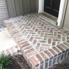 Brick Patio Steps Herringbone Pattern 49 Ideas For 2019 Brick Porch, Brick Walkway, Front Walkway, Front Steps, Front Porch, Brick Columns, Brick Edging, Patio Steps, Brick Steps
