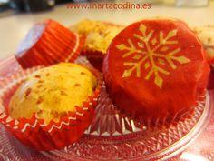Bocaditos de jamon y queso : http://www.petitchef.es/recetas/entrante/bocaditos-de-jamon-y-queso-con-hierbas-provenzales-especial-navidad-fid-1527795