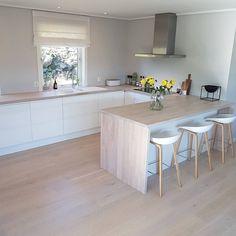 35 veces he visto estas lindas cocinas abiertas. Home Decor Kitchen, New Kitchen, Home Kitchens, Kitchen Ideas, Stylish Kitchen, Modern Kitchen Design, Interior Design Kitchen, Home Renovation, Home Remodeling
