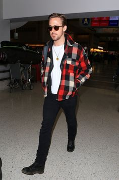 Ryan Gosling Gives Airport Style a Menswear Update