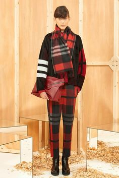Serendipitylands: SPORTMAX COLLECTION PRE-FALL 2015