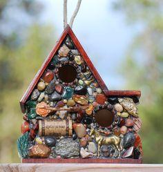What to do with that plain birdhouse. Outdoor Birdhouse Mosaic Garden Art Eco Friendly