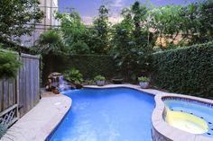 Townhome swimming pool in Houston, TX www.pamelafloyd.realtor