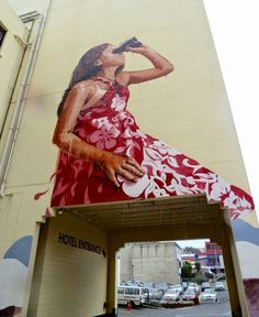 """Chasing the Thin White Cloud"", new wall by Fintan Magee - Dunedin, New Zealand (Australia) - March 2015"