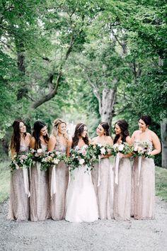 Chic Niagara-on-the-Lake Vineyard Wedding - photo by Simply Lace Photography http://ruffledblog.com/chic-niagara-on-the-lake-vineyard-wedding