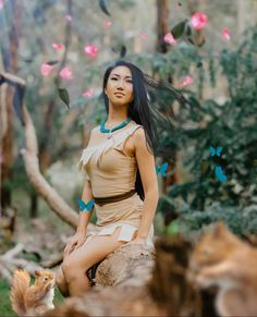 Pocahontas Cosplay, Disney Cosplay, Disney Costumes, Cosplay Costumes, Motion Images, Melissa Supergirl, Beast Costume, Photo Lighting, Character Costumes