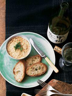 あっさり味のリエットは白ワインと絶妙のコンビ|『ELLE a table』はおしゃれで簡単なレシピが満載!