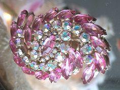 Exquisite Vintage Pink and Aurora Borealis Rhinestone Brooch