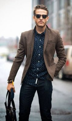 When your girlfriend says 'smart-casual' and you have no idea what she's talking about. We're here to help! Check out these rules for the perfect smart casual outfit she's been dreaming of you in! Mode Masculine, Sharp Dressed Man, Well Dressed Men, Best Smart Casual Outfits, Smart Casual Men Work, Business Casual Men, Professional Outfits, Dressy Outfits, Smart Casual Menswear Summer