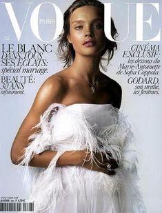 Vogue magazine covers - mylusciouslife.com - Vogue Paris April 2006.jpg
