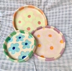 Pottery Painting, Pottery Art, Cute Crafts, Diy And Crafts, Keramik Design, Clay Plates, Clay Art Projects, Cute Clay, Ceramic Clay