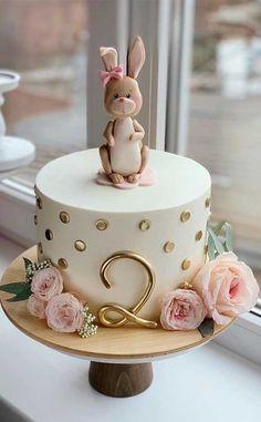 Pretty Cakes, Cute Cakes, Beautiful Cakes, Amazing Cakes, Baby Girl Birthday Cake, Cute Birthday Cakes, Birthday Cakes Girls Kids, Fondant Birthday Cakes, Amazing Birthday Cakes