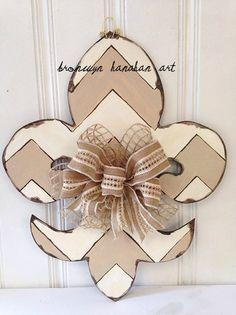 Fleur de Lis Door Hanger