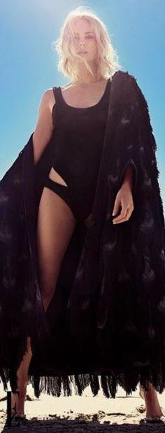 Charlize Theron ❤