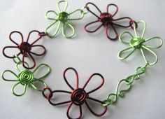 Daisy wire bracelet by madebymemadeforyou on Etsy, $25.00