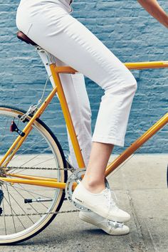 How It's Done: White Jeans. Juliana Rudell Di Simone of Tokyobike shows us three ways to style the summer classic (on a bike or off). See more at jcrew.com/blog.